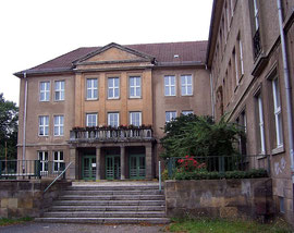 Fritz-Löffler-Gymnasium Eingangsbereich