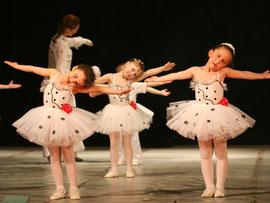 Kindertanz in Lingen (tänzerische Früherziehung, Ballett für Kinder, Jazzdance für Kinder, Stepptanz, Hip Hop)