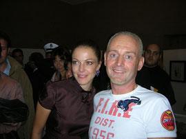 Andrea con Claudia Gerini alla mostra dedicata a Diabolik a Città di Castello.