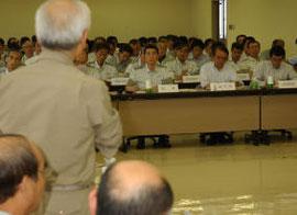 県の震災復興計画案に対する注文が相次いだ市町村長会議=29日、仙台市青葉区の県自治会館