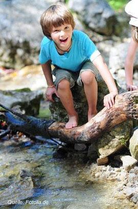 Die Natur ist für ein Kind der schönste Abenteuerspielplatz!