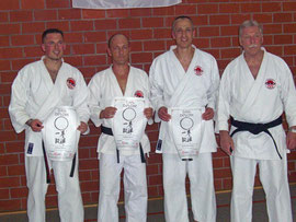 (von links: Michael Schubert (2. Dan), Christoph Meinert (4. Dan), Henning Berkenbusch (4. Dan), Heinrich Reimer (8. Dan)
