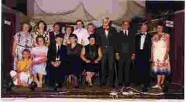 von links: Irmgard Grunow, Margarete Düe, Egon Wenzel, Hannelore Bühl, Christoph Maushake, Christiane Tschacksch, Manfred Spindler, Paul Gottwald, Alfred Gröbke, Lydia Kostelnik, sitzend: Ute Spindler, Maria Giezel, Egon Giezel, Marianne Eggers,Liesbe