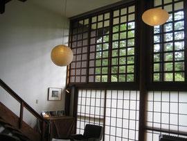 前川國雄自邸の居間の障子