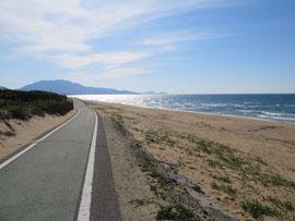 こんな海岸がすぐそばにあります