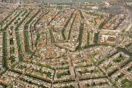きれいに整理されたアムステルダムの市街