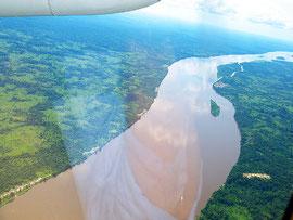 上空から望むコンゴ川 Photo by Nick Hobgood
