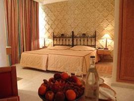 Room Ras el Aïn