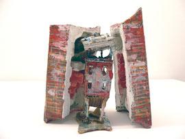 """Thomas Virnich, """"Katakoben, verborgen""""Nr.9, 1990-2012, Pappmaché, Leinen, Seide, Draht, farbig gefasst"""