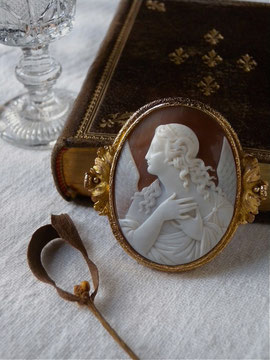Shell Cameo Brooch c.1880
