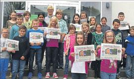 Auf geht's - Die Klasse 4a der Cornelia-Funke-Schule in Gemündenmit Klassenlehrerin Nicole Gleim(hinten) ist startklar für das Zeitungsprojekt. Fotos (5): Battefeld