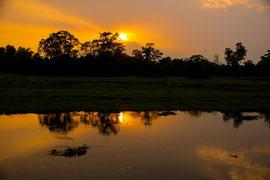 Abendstimmung in unserem Nachtcamp in Sauraha