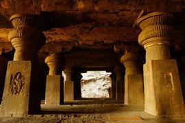 Elora Cave