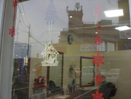 窓にもクリスマス☆