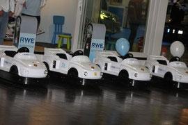 Die RWE Roadshow auf der AMI in Leipzig, auch kleine Elektrofahrer haben hier ihre Freude an der Elektromobilität