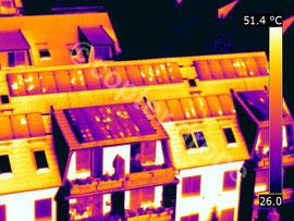 Hagelschaden an einer PV-Anlage - Luftbild Wärmebild - Wärmebildkamera Drohne
