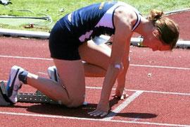 Juilia Rustemeier beim 400 m Start.