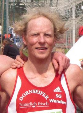 Jörg Heiner: Marathon 2:26:32 Std.