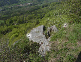 Standort der beiden Polster von MSW0002 auf dem Felspfeiler