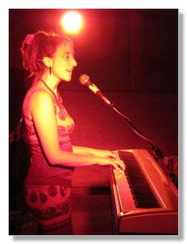 Klavier und Gesang für Hochzeit und andere Feiern von Stuttgart bis Ravensburg