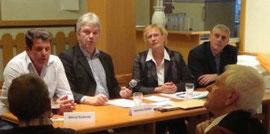 v.l.: Bernd Schmitz, Techn. Beigeordneter Gödde, Pia Dondorf, Wolfram Stolz (Bild EZ)