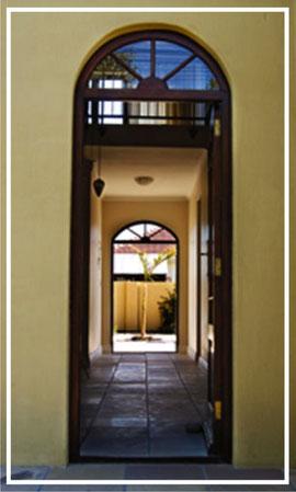 La Roche Guest House- Front Door