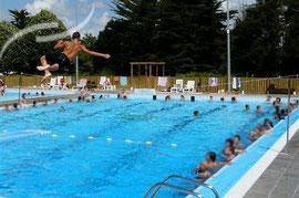Piscine (2 bassins et espaces verts)- La Gacilly