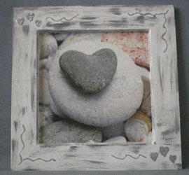 """tableau cadre bois 21 x21 cm """"coeur galet gris"""" réf : cb.gb.001 10€"""