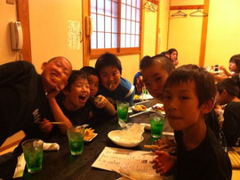 準優勝の祝賀会は「食べ吾郎」にて