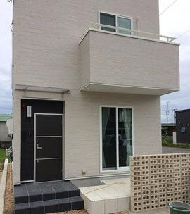 ご見学いただく建物、ル・パルトネール今治喜田村(アーバンキュービック ベースに自由設計)
