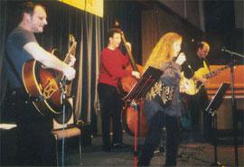 v.l.n.r.: Wolfgang Jost (g), Udo Brenner (b), Ruth Eichhorn (voc), Rolf Plaueln (g)