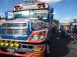 Camionetta ou chicken bus