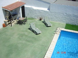Patio con Barbacoa y Piscina