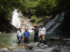 東沢,釜の沢  両門の滝にて。
