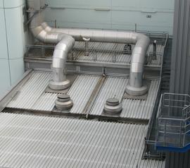 ORNITEC schützt Dachflächen von Industrieanlagen.