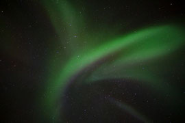Polarlicht wie ein Flügelschlag. © Robert Hansen, Svartskard, Januar 2014