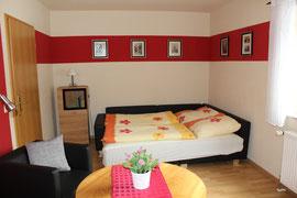 Wohnzimmer mit Aufbettung max. 2 Personen - auf Anfrage möglich