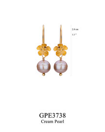 GPE3738: GP 39, G OF E GP HANGING EARRING WITH FILIGREE FLOWER CREAM PEARL DROP.