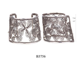 B3756: OXI 259, G OF E OXI BRACELET LARGE FILIGREE FLOWERS.