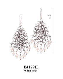 E4179H OXI 100, GP 120: EARRING HANGING, FILIGREE LOTUS FLOWER W/ 7 WHITE PEARL DROPS.