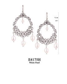 E4175H OXI 100, GP 120: EARRING HANGING, FILIGREE LOTUS FLOWER WHITE PEARL IN CENTER & 3 WHITE PEARL DROPS.