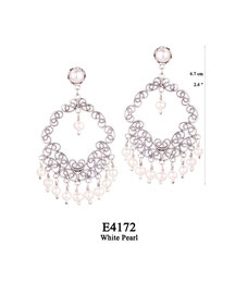 E4172 OXI 115, GP 135: EARRING TULIP CUP W/ WHITE PEARL, FILIGREE LOTUS FLOWER W/ WHITE PEARL IN CENTER,  W/9 WHITE PEARL DROPS.
