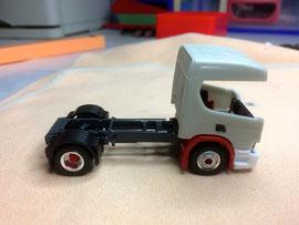 Scania P mit Basis Transkit-Fahrerhaus
