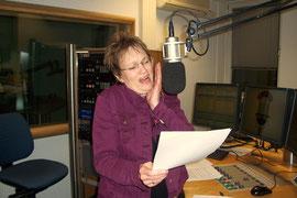 Die Stimme für Zwergenfrau Hildegard spricht (und singt!) Sabine Langenbach