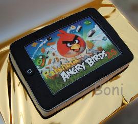 iPad с любимой игрой