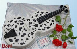 Скрипка в пятнышки (для любительницы далматинцев)