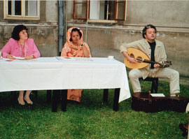 Welt - Umwelttag 1996 - MARWAN ABADO ist palästinensischer Sänger, Komponist und bekannter  Oud Musiker ,  ISHRAGA  M. HAMID ist eine bekannte Umweltaktivistin aus dem SUDAN, Linde P.