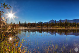 "Bild: lake at Denali Hwy, Alaska, ""glory lakeshore morning""; www.2u-picturworld.de"