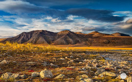 "Bild: Galbraith, Dalton Highway, Alaska, ""Galbraith - camping in the northern wilderness""; www.2u-pictureworld.de"