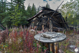 "Bild: old house at Wiseman, Alaska, ""haunting""; www.2u-pictureworld.de"